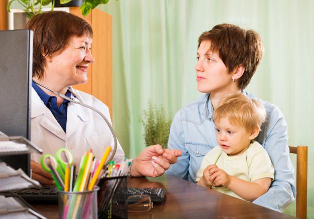 """Двама специалисти от УМБАЛ """"Пълмед"""" отличени в инициативата """"Лекарите, на които вярваме"""""""